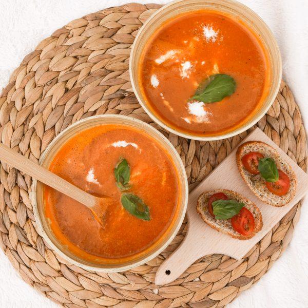 Easy and vegan tomato soup