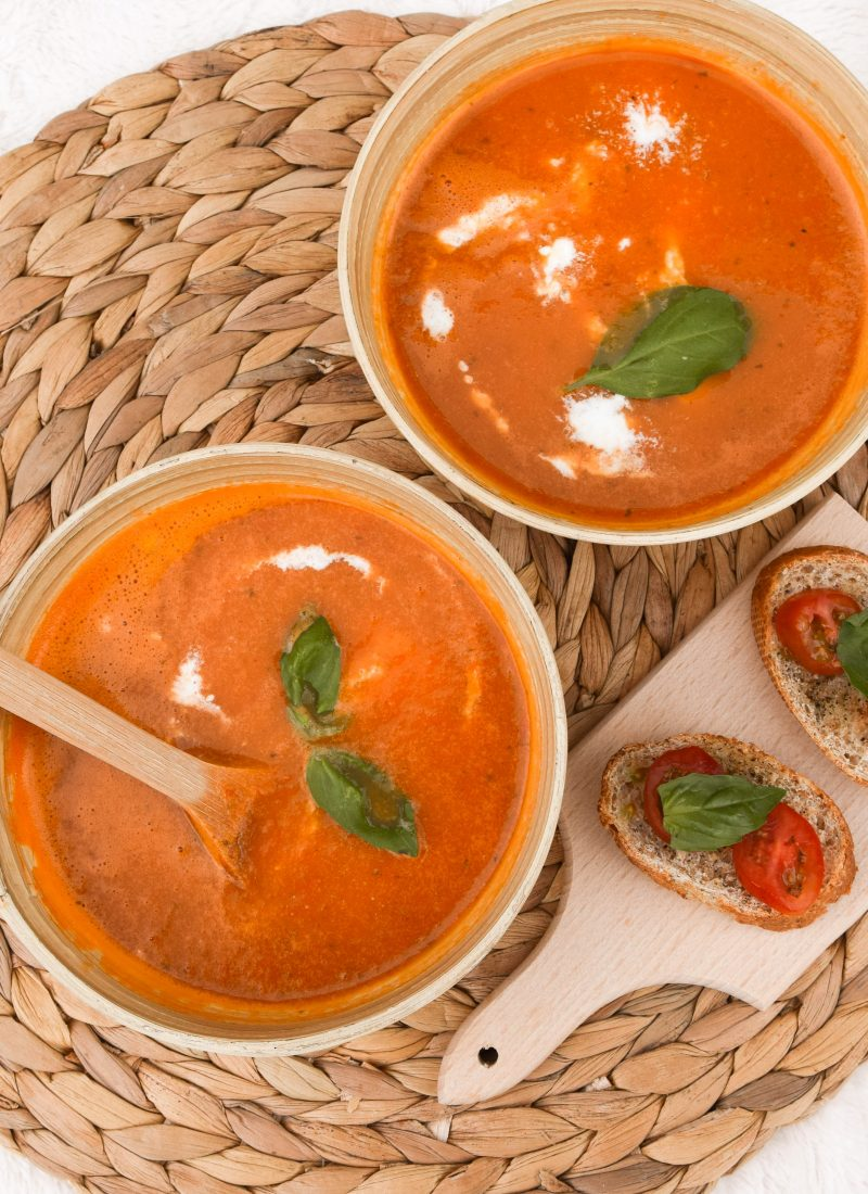 Easy and vegan tomato soup